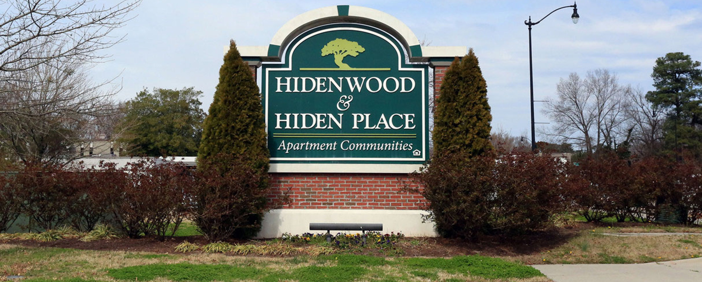 Hidenwood Apartments Entrance to Community